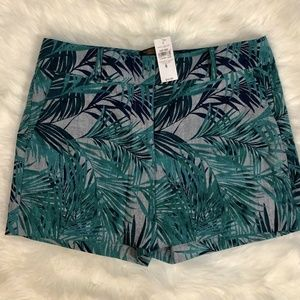"Ann Taylor Signature Fit Size 6 Shorts 5"" Inseam"